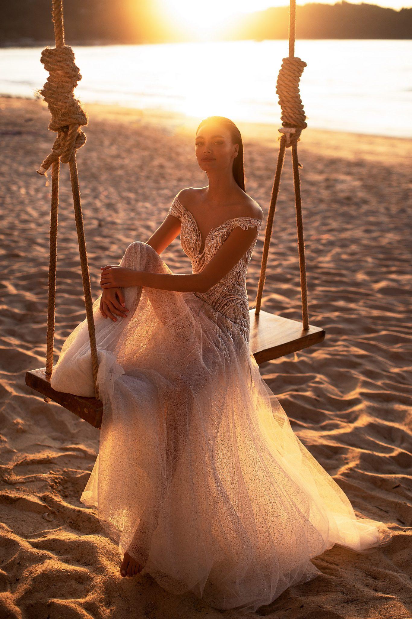 Rochii de mireasa Lorenzo Rossi - model TRISHNA