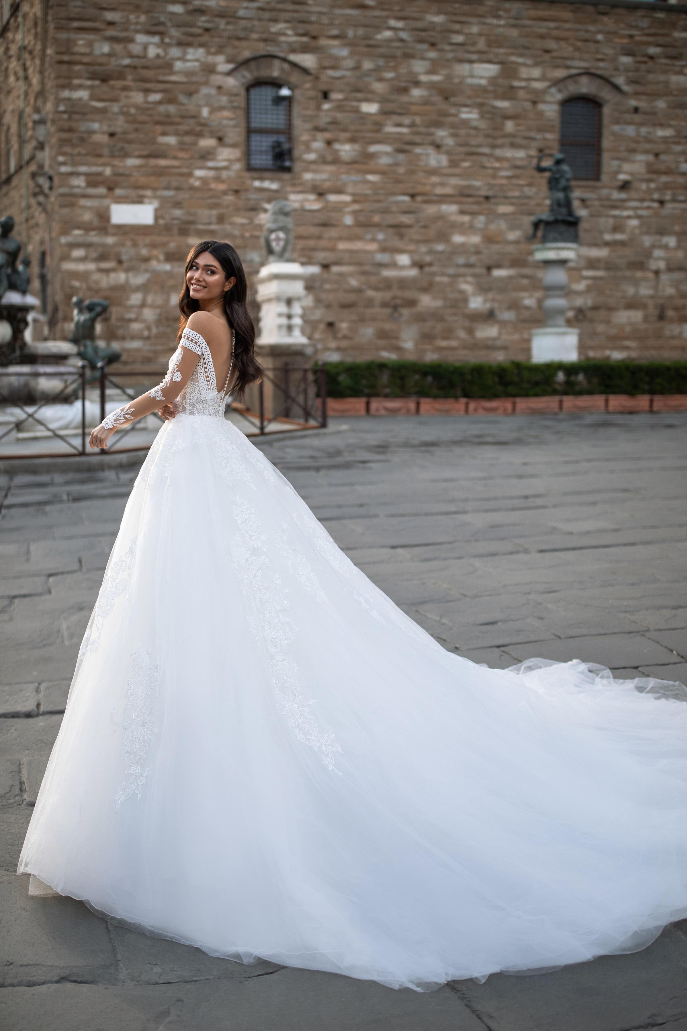 Rochii de mireasa Milla Nova - model SARAH