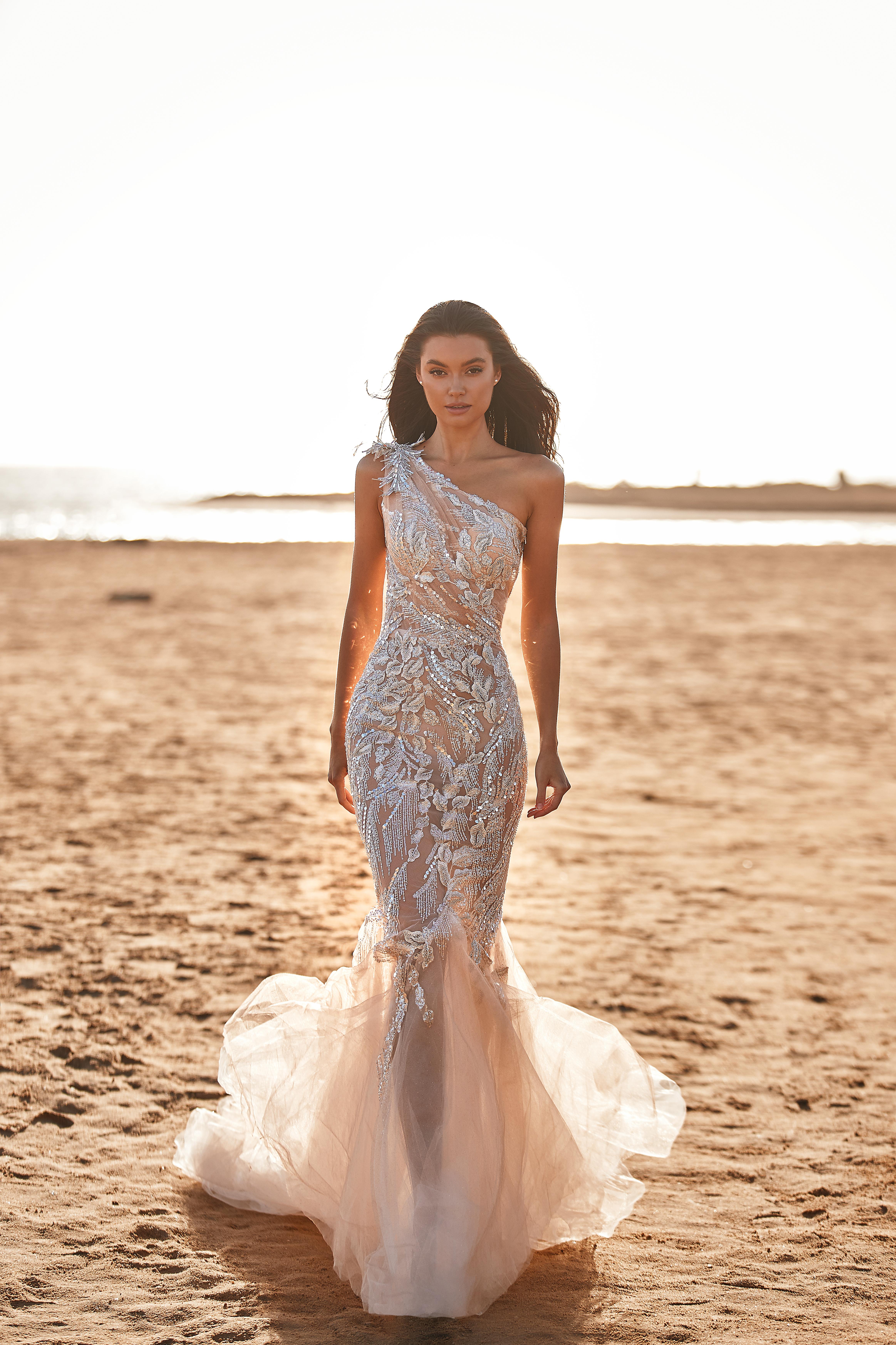 Rochie de mireasa 2021 sirena Lorenzo Rossi 2021 - model Jenya